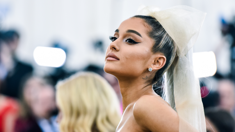 Ariana Grande Cuts Off Her Famous Ponytail Post-Pete Davidson Split