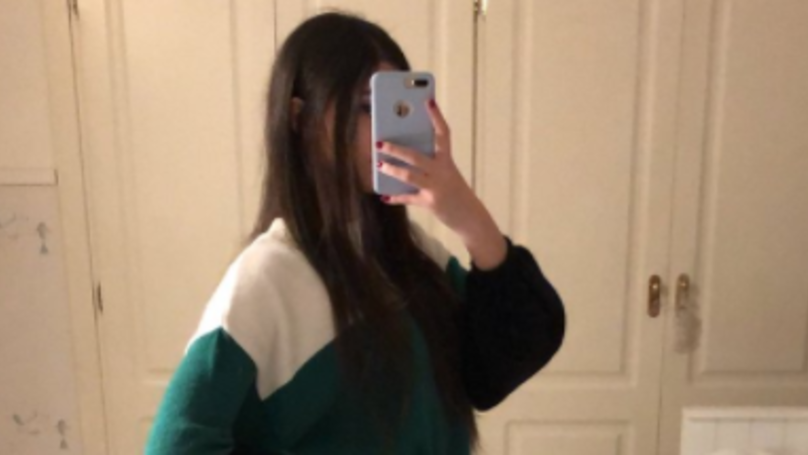 This Selfie Is Leaving Is Sweeping The Internet And Leaving People Confused