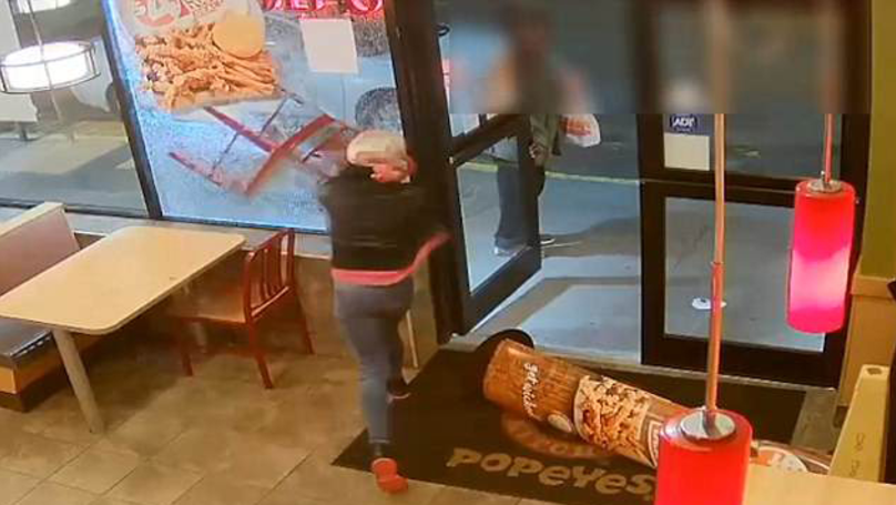 Drunk Woman Smashes Up Chicken Shop Because Meal Deal Didn't Include Drink