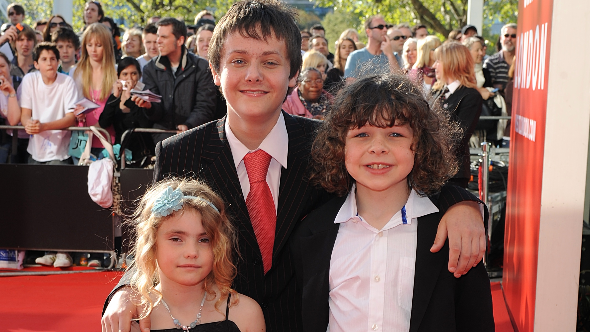 Karen From 'Outnumbered' Just Shared Reunion Picture Of The Cast