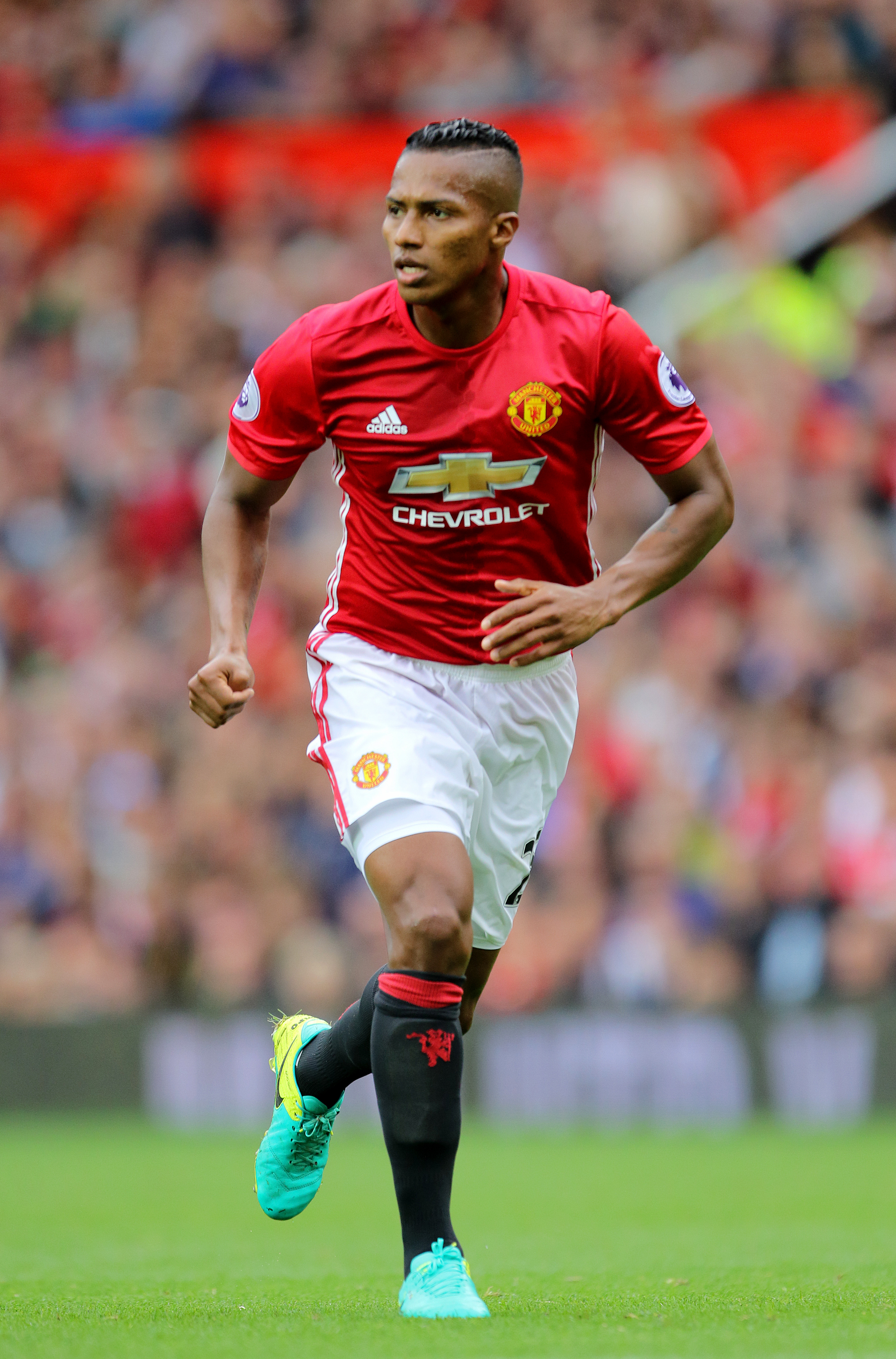 7b6fc325f Antonio Valencia s Life Story Is One Of The Most Inspirational ...