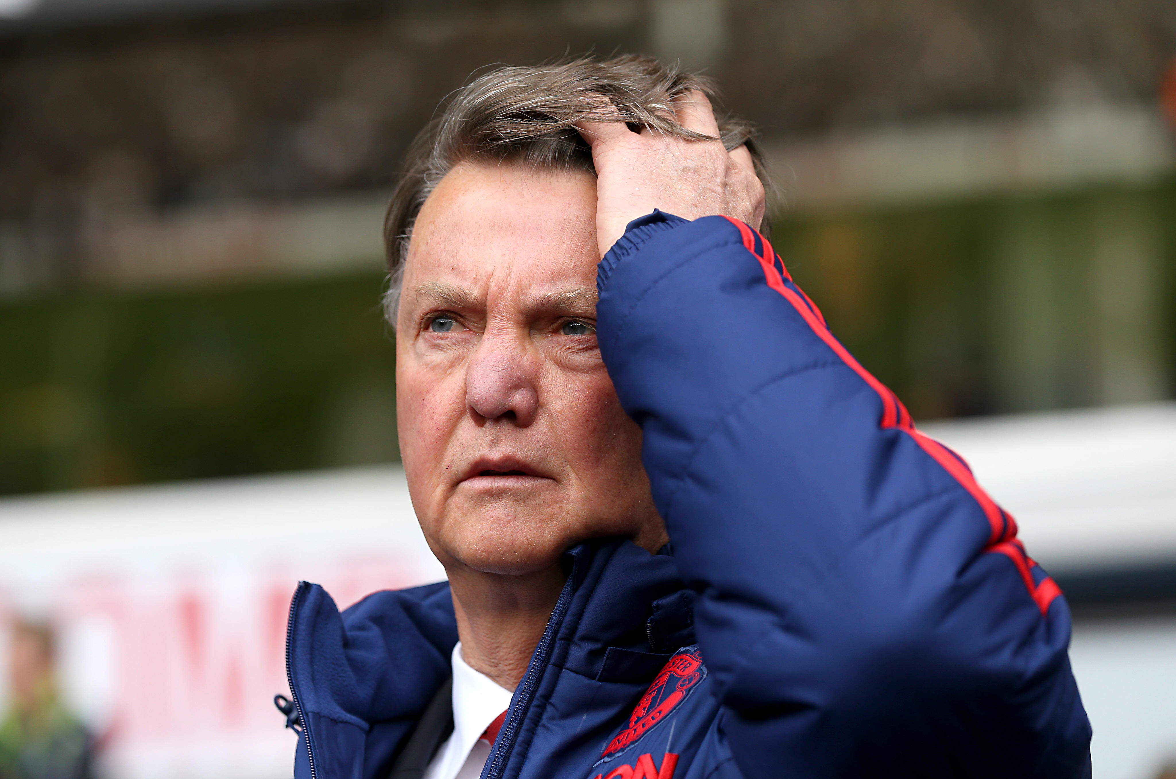 United Players Turned On Van Gaal After Spurs