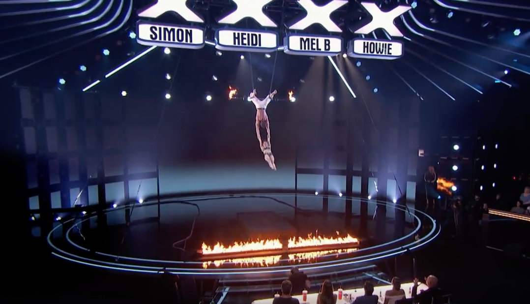 Trapeze stunt goes wrong on America's Got Talent