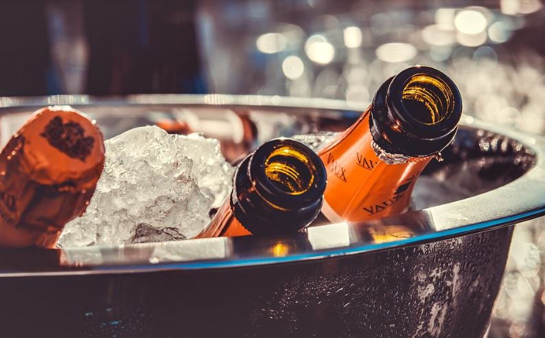 Research has shown that people who live in cold, dark places are more likely to drink heavily.  Credit: Pixabay
