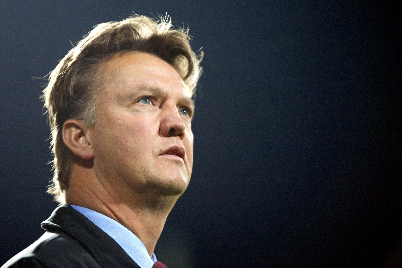 Ex-Barcelona Player Claims Louis Van Gaal 'Cried Like A