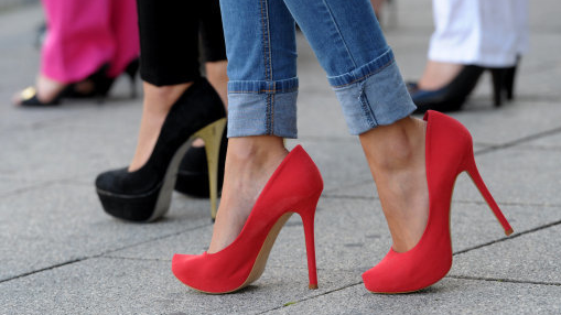 A-List Stars Have Amazing New Trick For Stopping High Heels Hurting