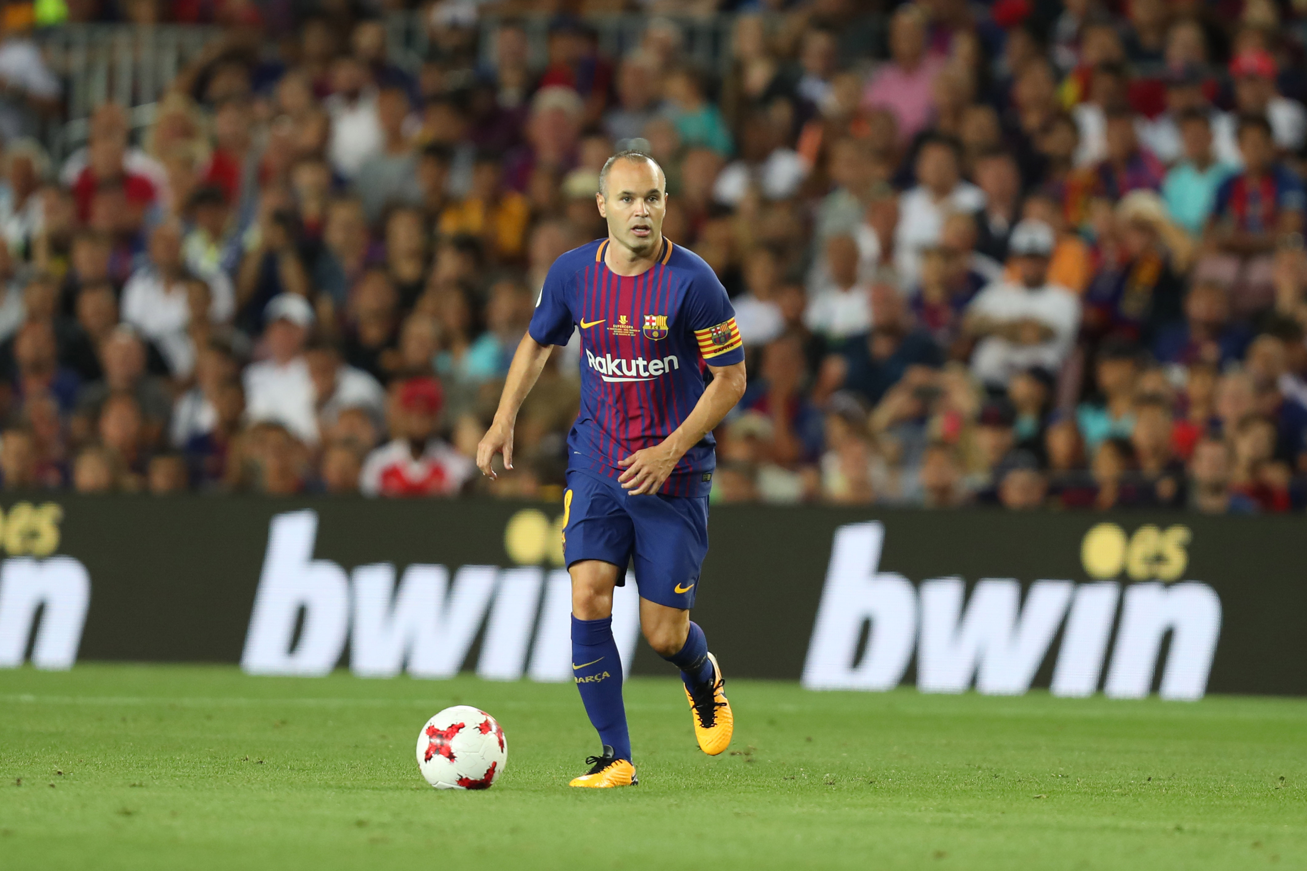There's an agreement with Iniesta — Barcelona president Bartomeu