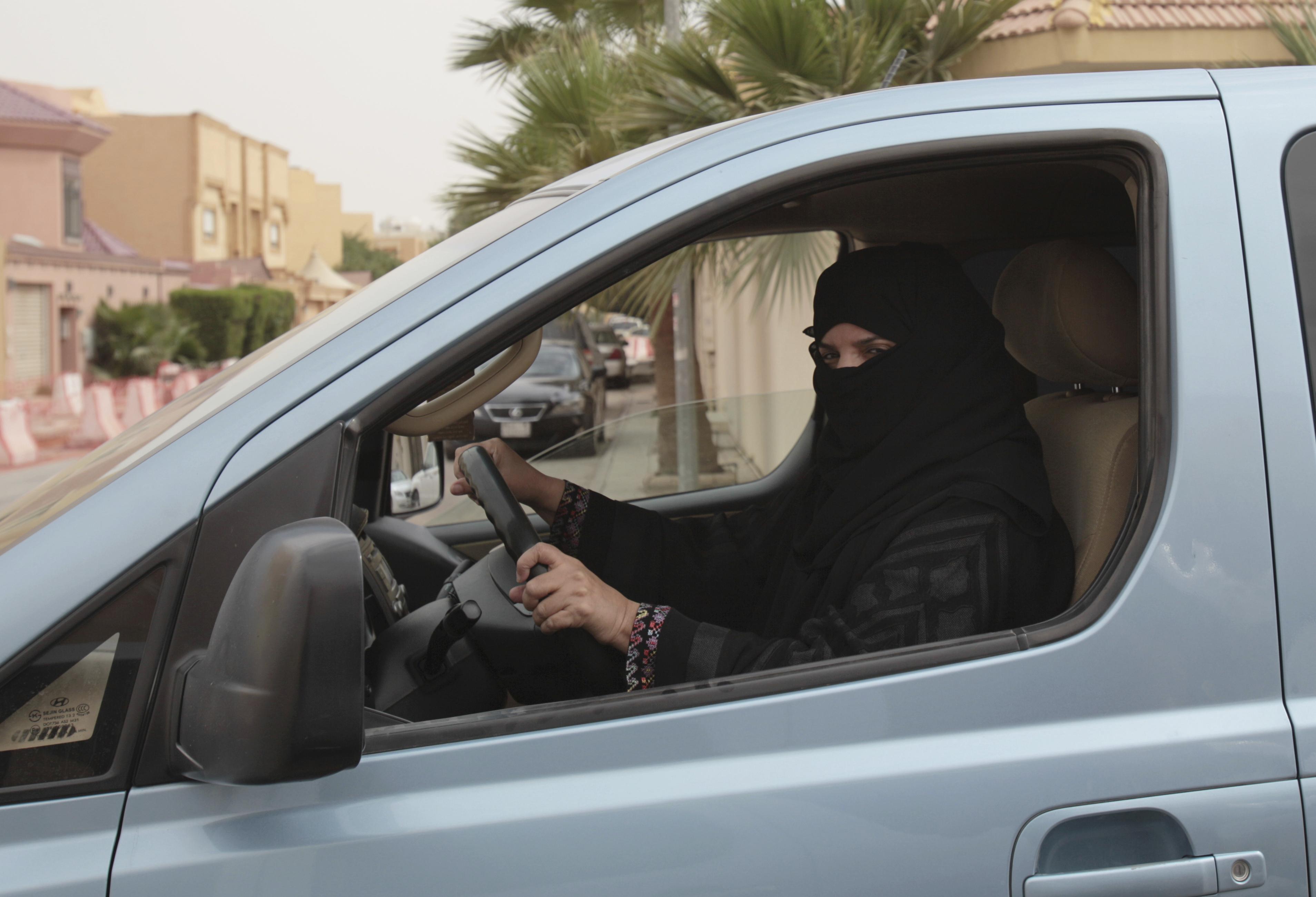 Women driving Saudi Arabia