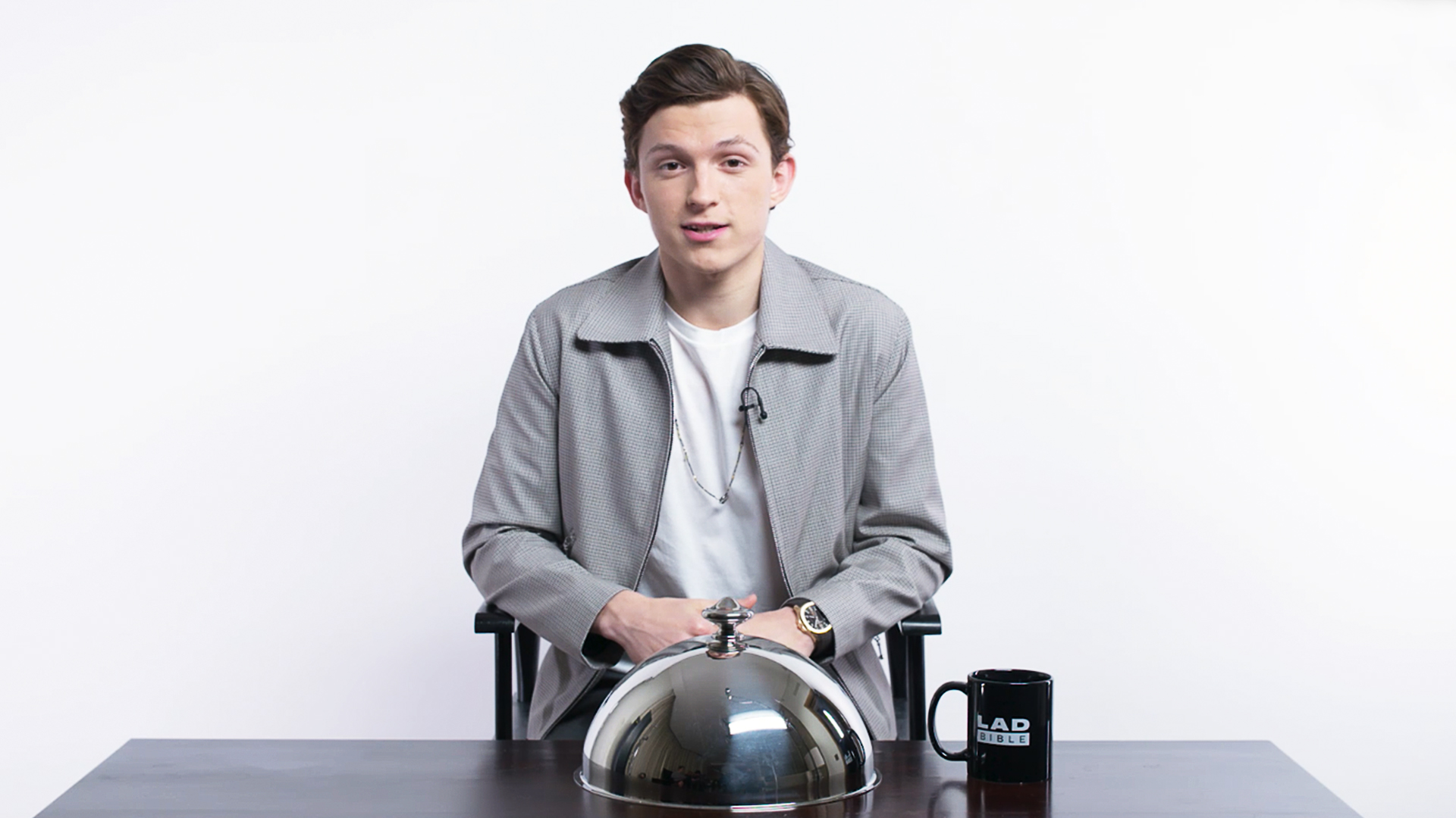 ​Spider-Man Star Tom Holland Goes In To Battle In Snack Wars