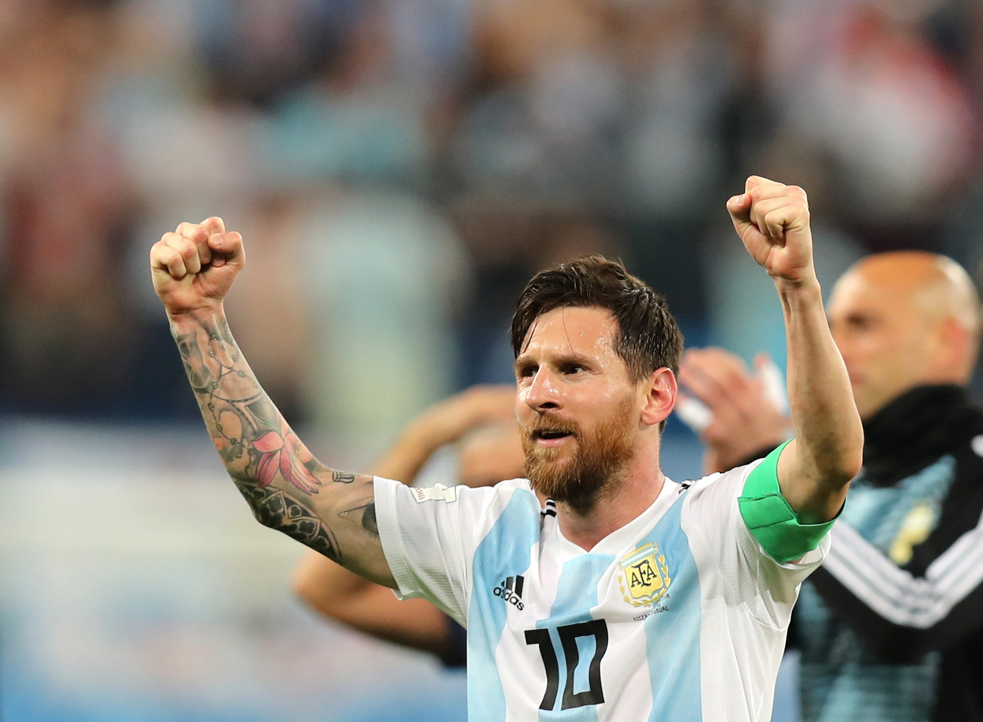 Messi's in a Mess, Doesn't Seem to Fit into the Argentina Collective