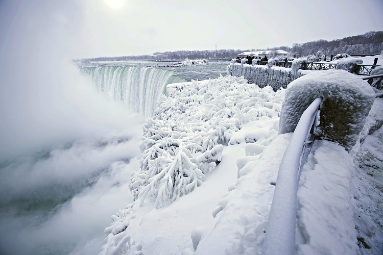 Sub-zero temperatures turned Niagara Falls into an icy winter wonderland