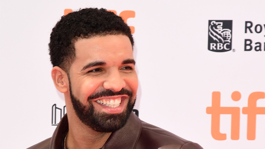 ​There's A New Meme Of Drake Panicking And It's F***ing Hilarious