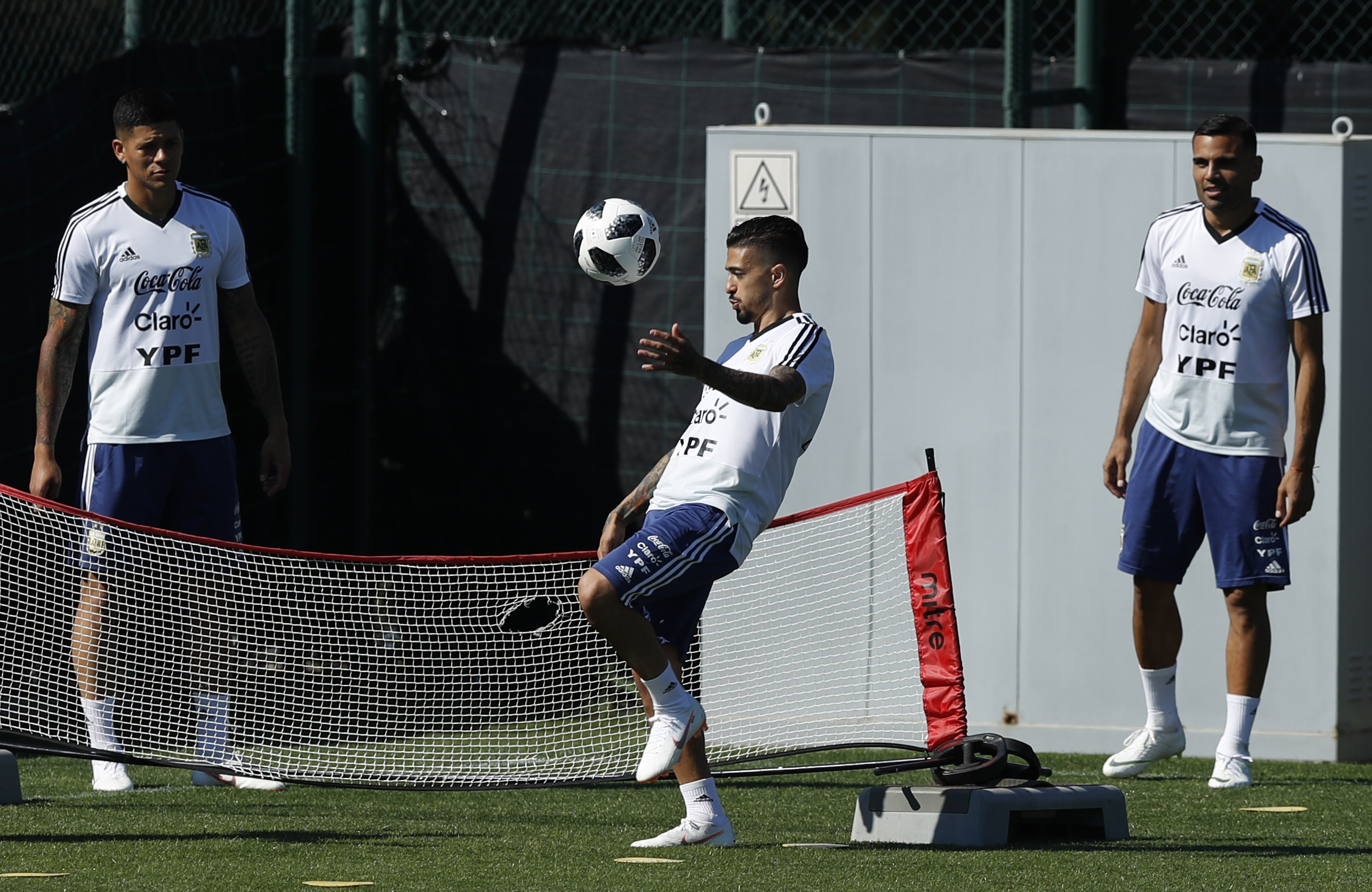 Report outlines renewed hope for Liverpool in Nabil Fekir saga