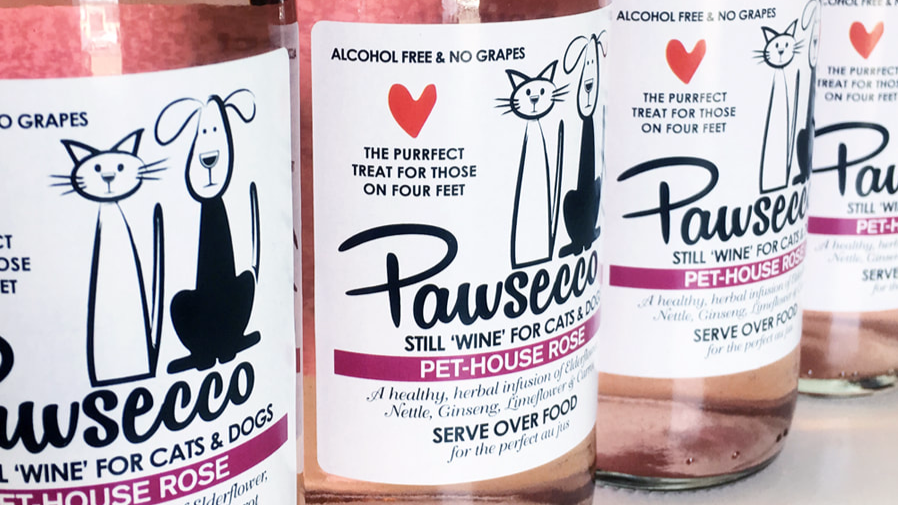 You Can Now Treat Your Pets This Christmas With Cut-Price Pawsecco