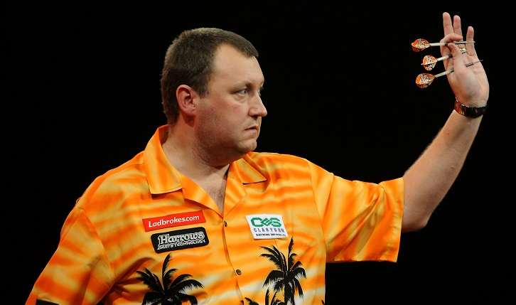 Darts player Justin Pipe denies deliberately coughing to distract rival Bernie Smith