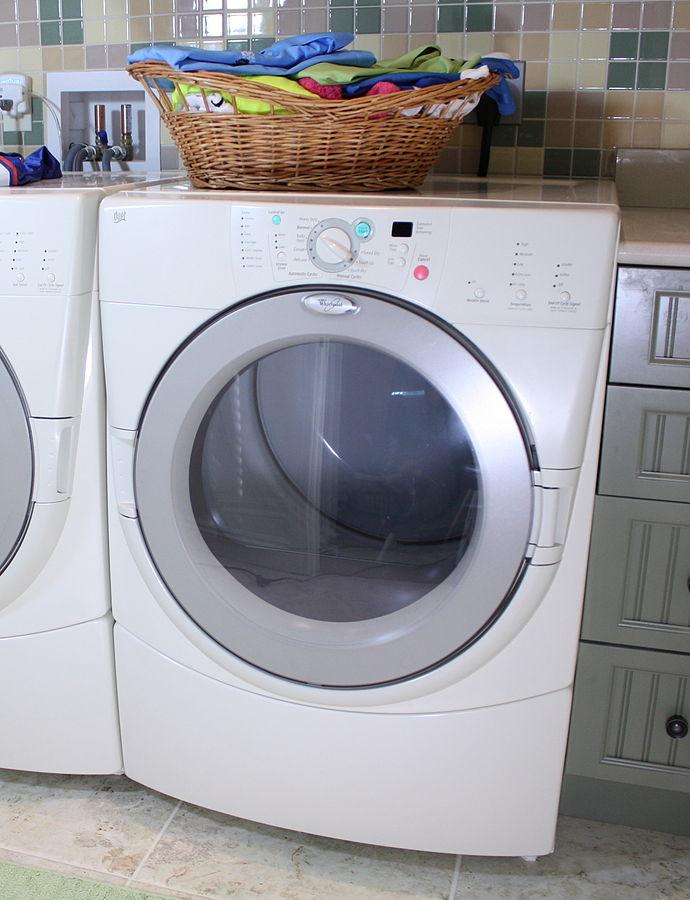 The dreaded tumble dryer. Credit: Rickharp (Wikimedia Commons)