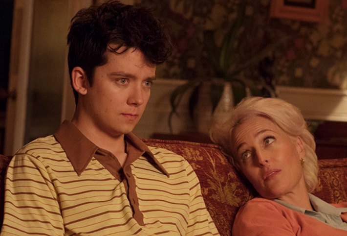 Otis (Asa Butterfield) and his mum Jean (Gillian Anderson). Credit: Netflix