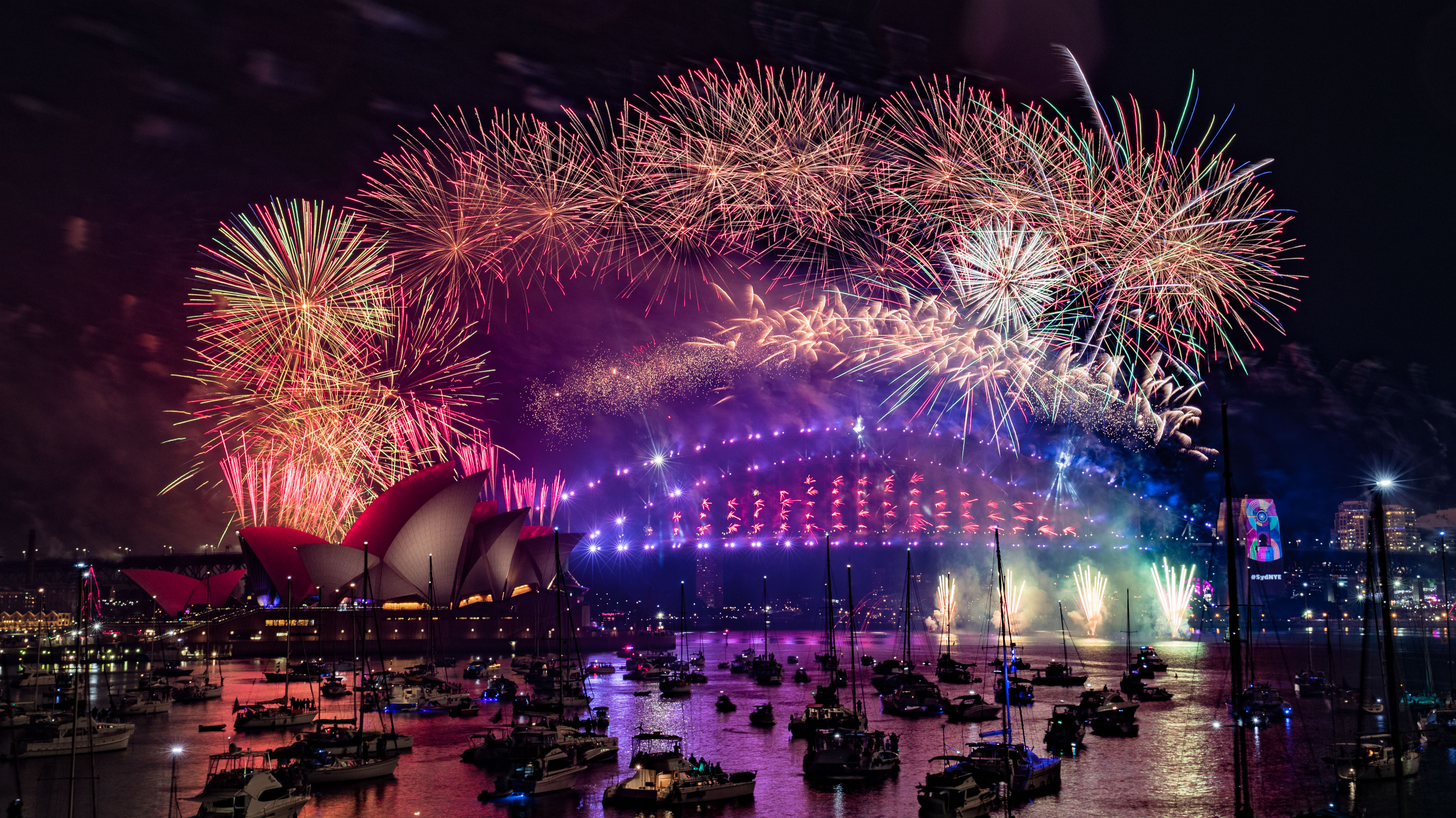 Australia Welcomes In 2020 With Sydney Fireworks Display Ladbible
