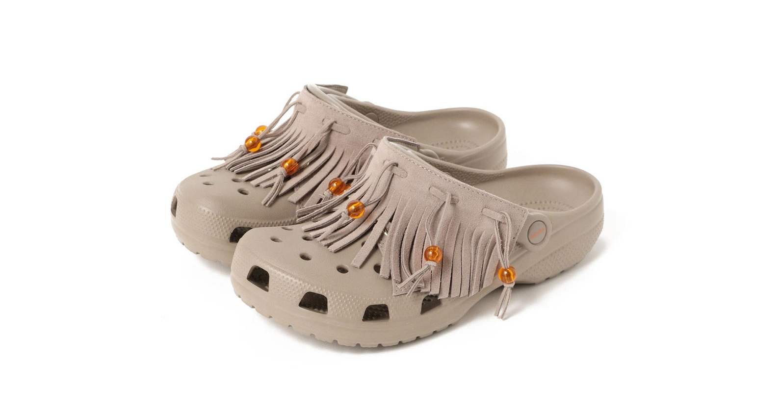 2dc6f4628 You Can Now Buy Crocs With Mini Bum Bags Attached And We Don t Know ...