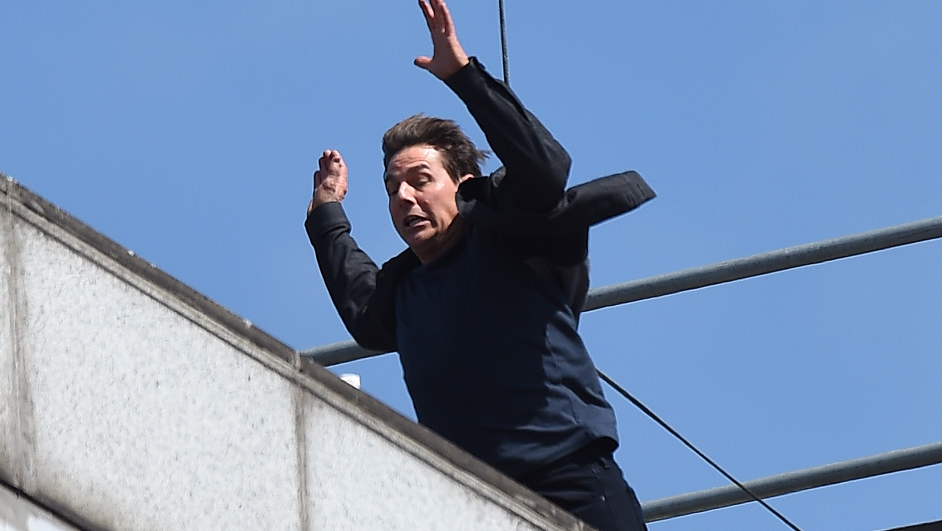 Tom Cruise Smashes Into Wall While Filming Dangerous 'Mission Impossible 6' Stunt