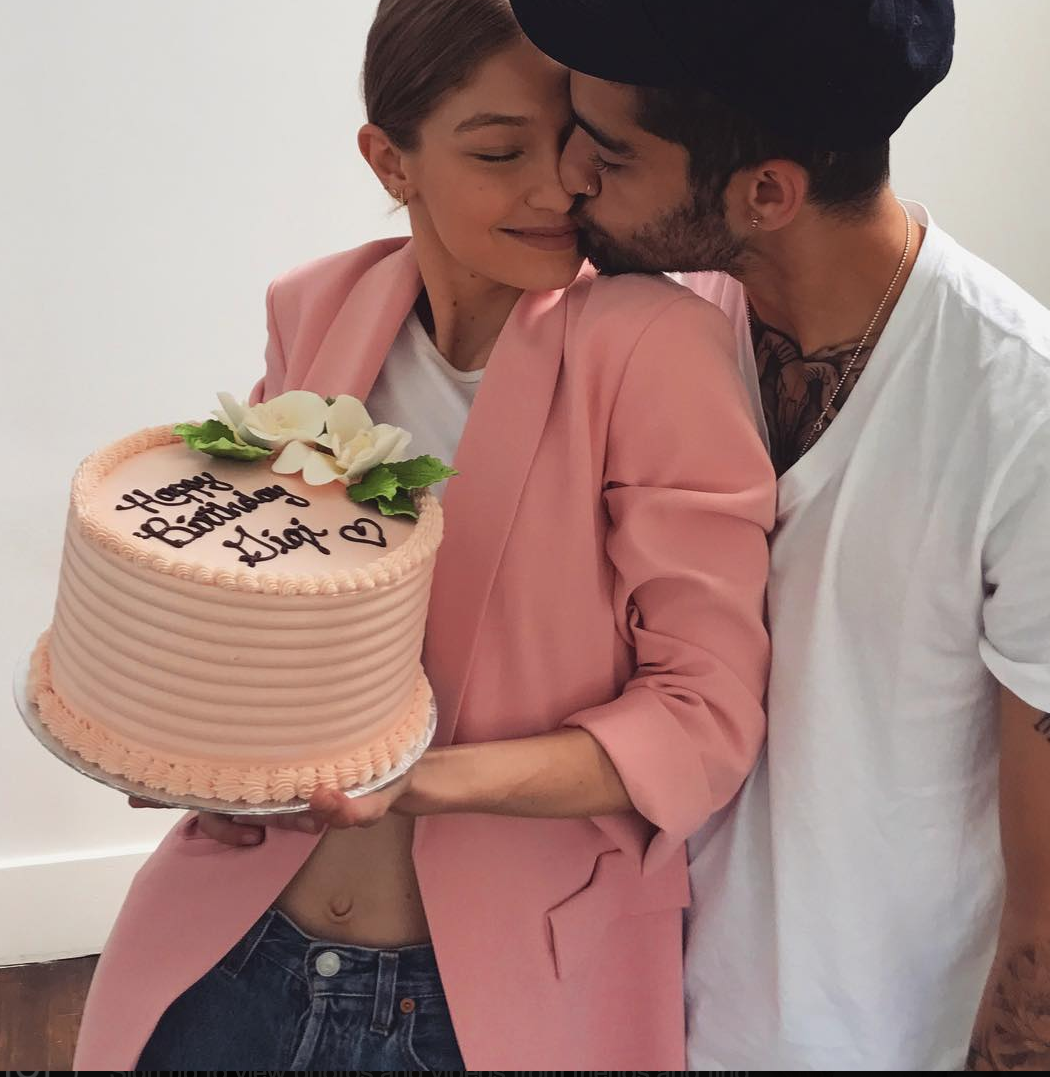 Zayn Malik Gets Huge New Rose Tattoo After Gigi Hadid Breakup