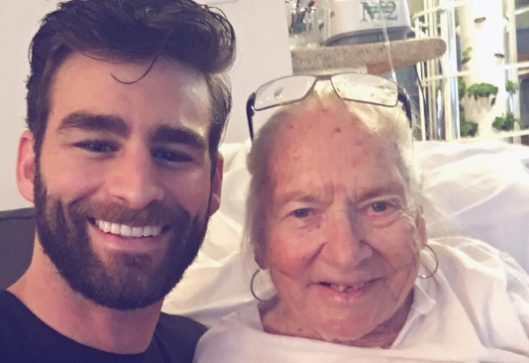 Hollywood Actor Invites Elderly Neighbour To Live Out Final Days With Him