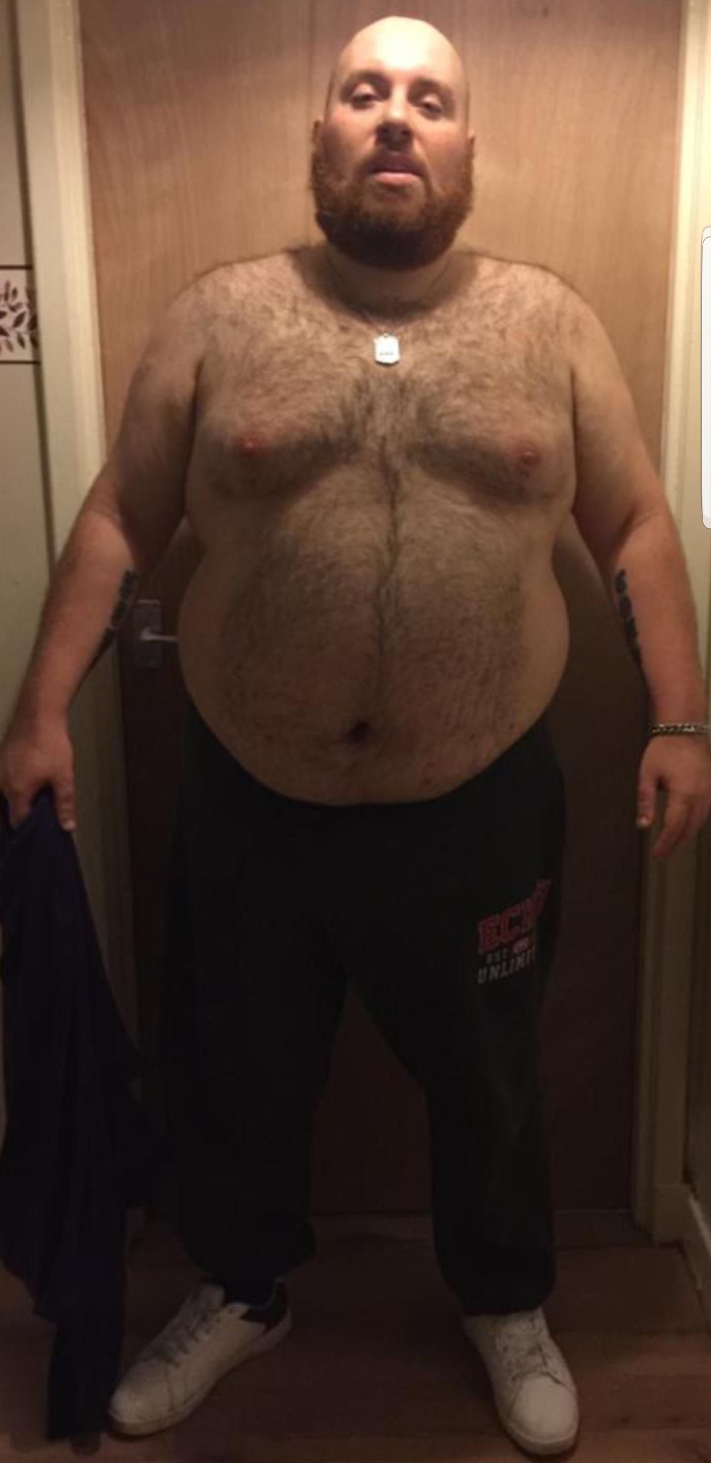 Iain before his weight loss. Credit: LADbible