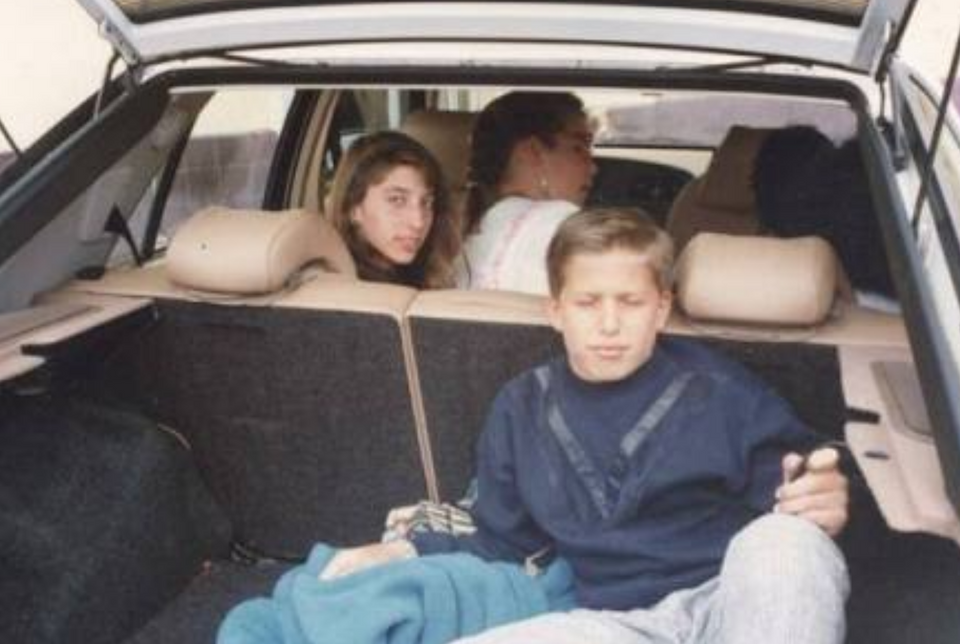 Andy Samberg and Chelsea Peretti when they were at school together. Credit: Reddit/u/freezerbreezer