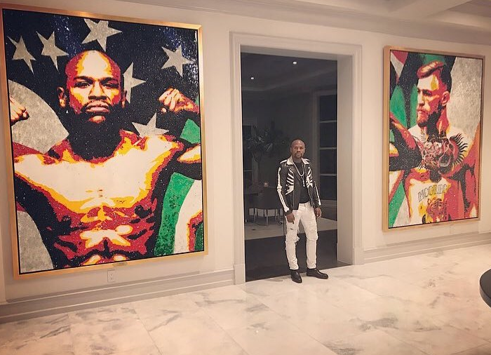 Floyd Mayweather unveils 8ft tall portrait of Conor McGregor