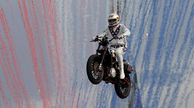 Extreme Motorcyclist Travis Pastrana Smashes Evel Knievel's Jump Records