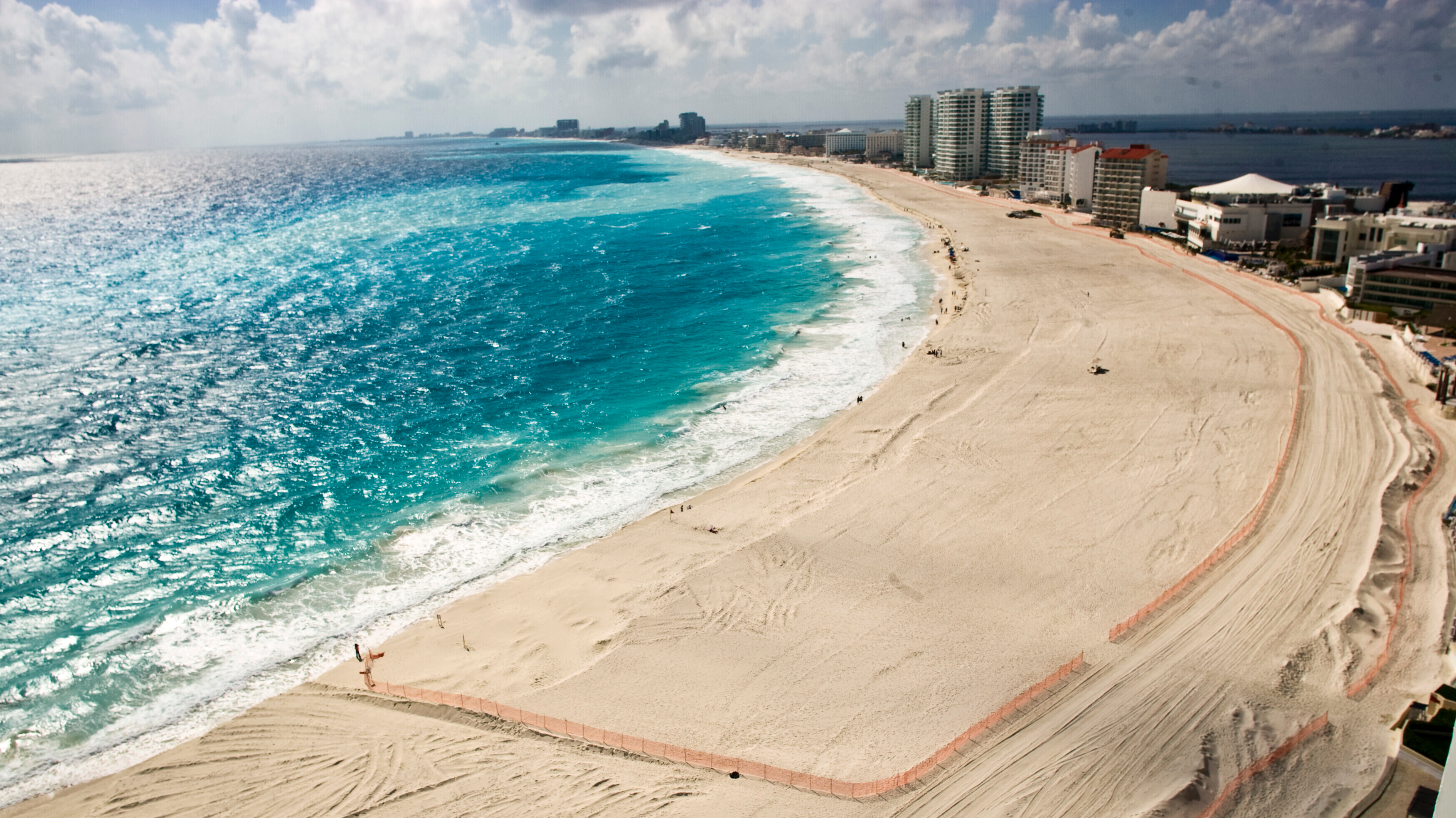 Holiday Paradise Cancún Is Fast Becoming One Of The Deadliest Cities In The World