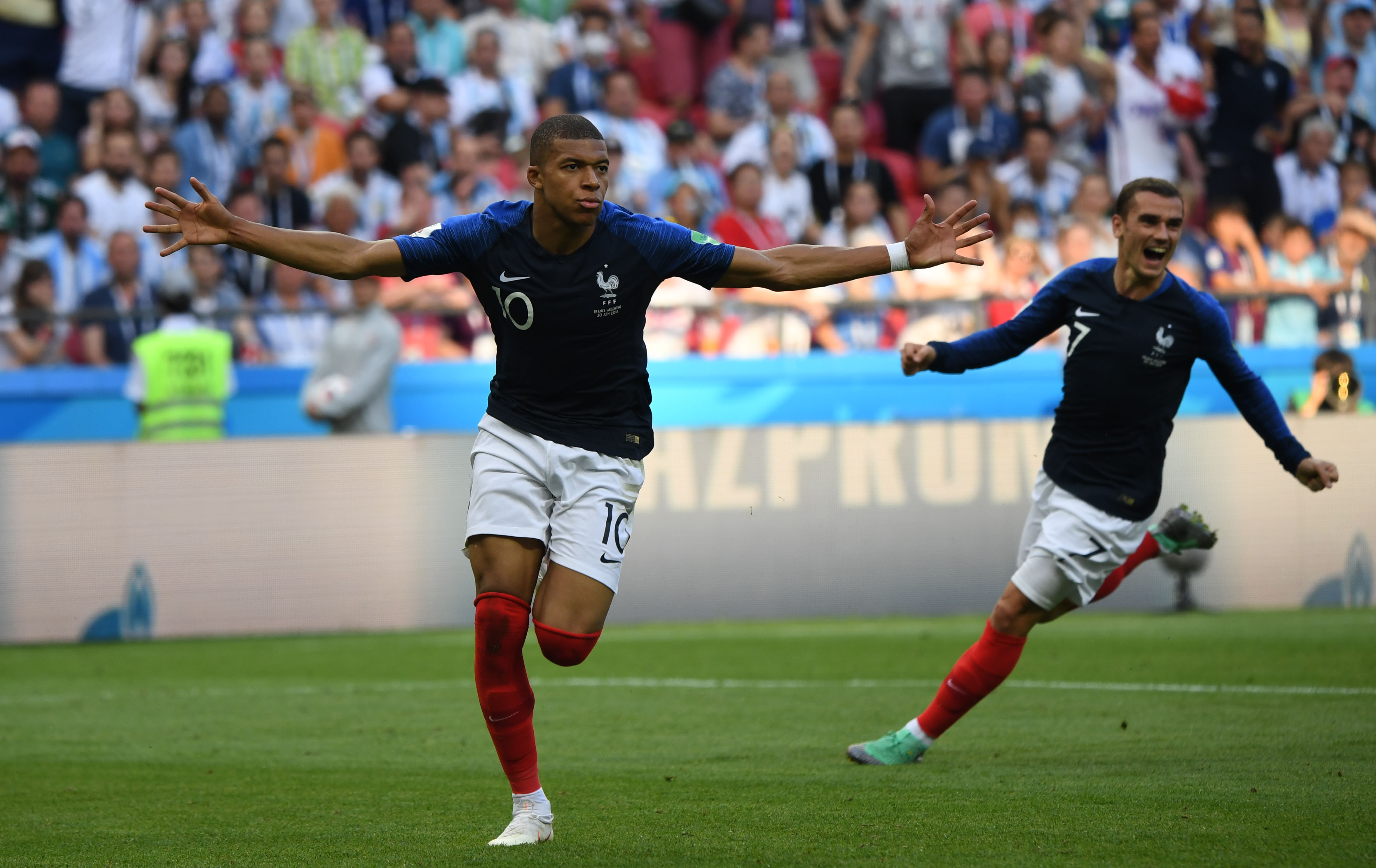 What Kaka Has Said About Kylian Mbappe Is Just Perfect Sportbible
