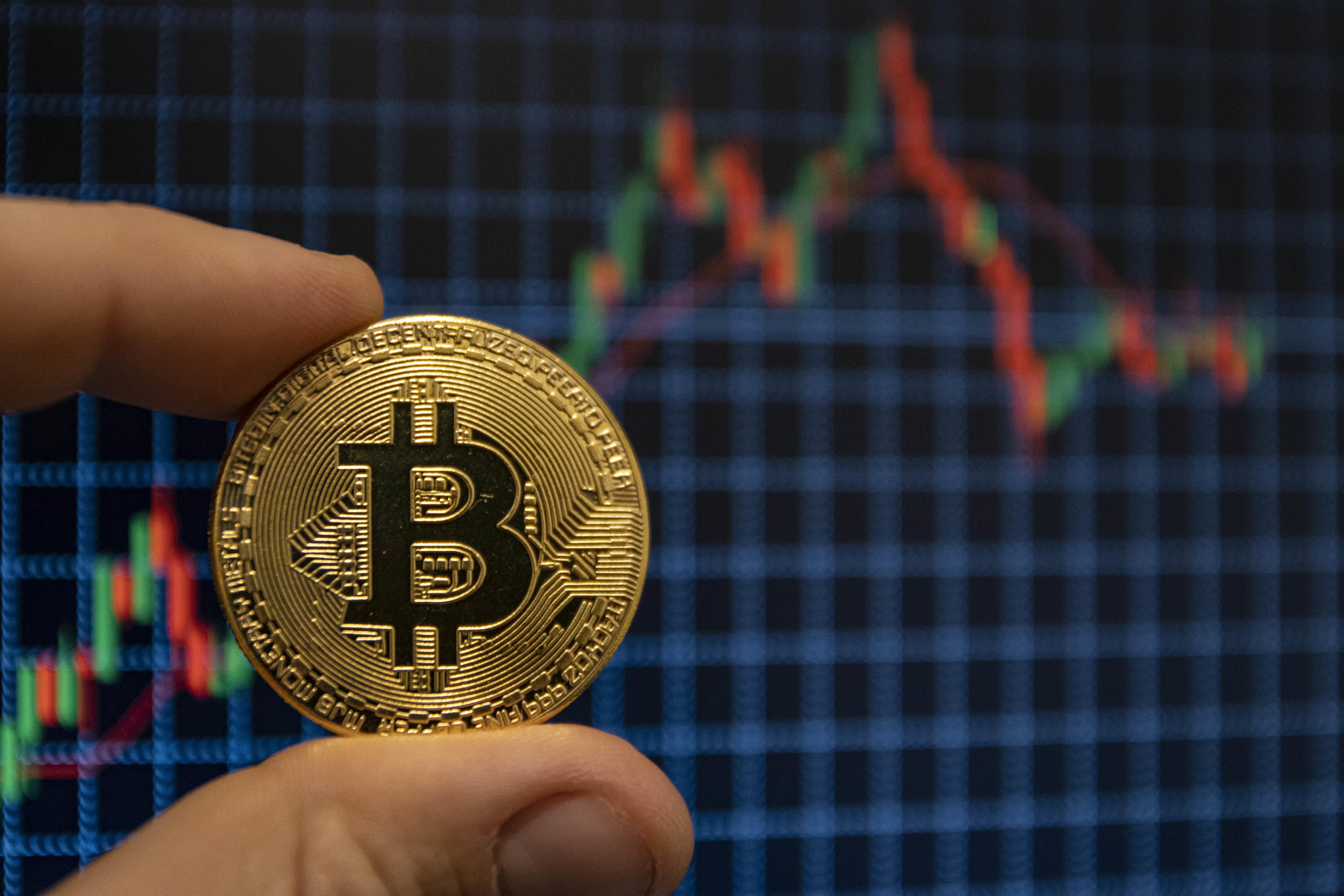 kako trguje s bitcoinima za koliko služi sobarica kripto valuta?