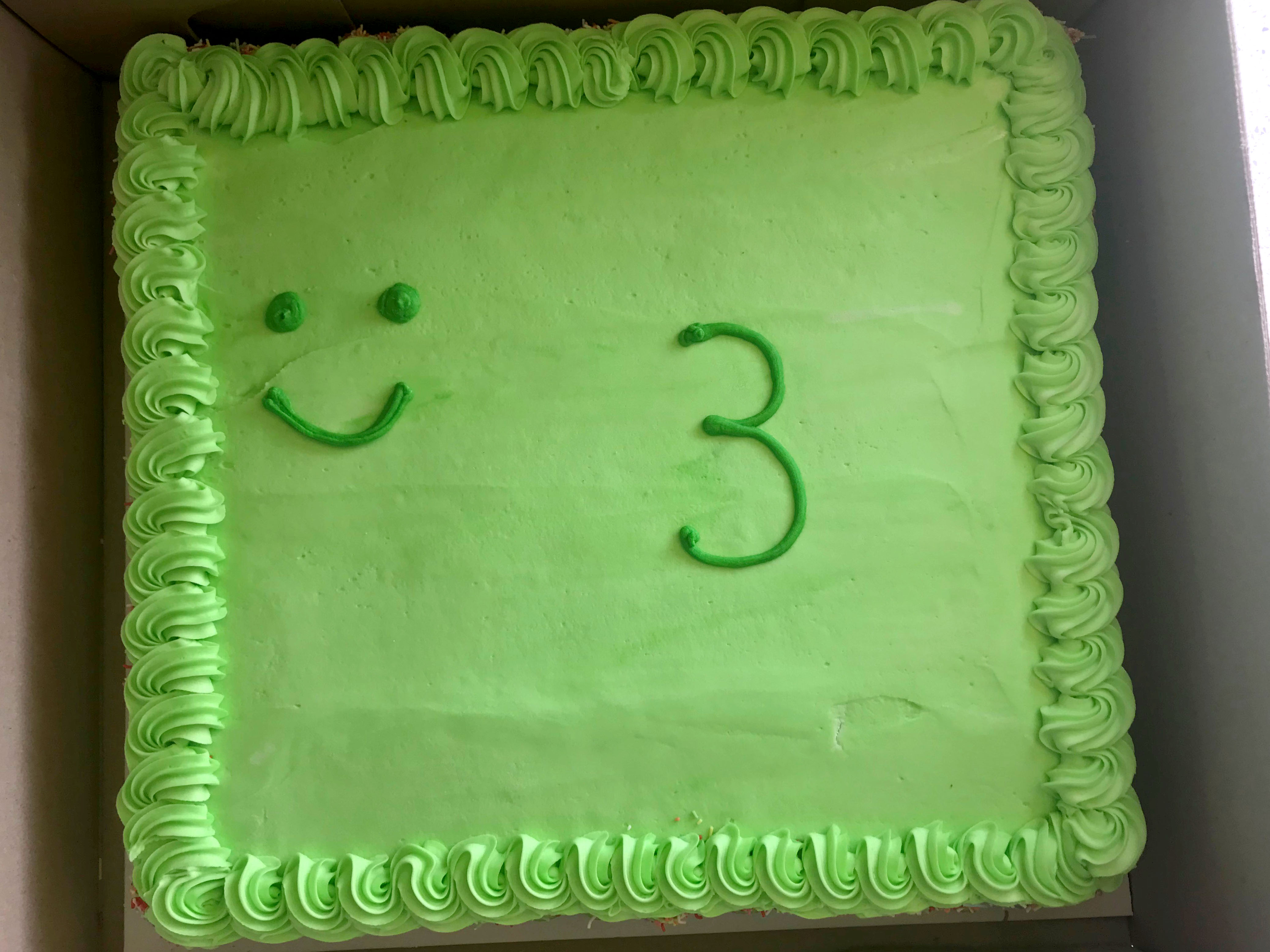 The Cake Shane Hallford Picked Up For His Sons Third Birthday Credit Caters