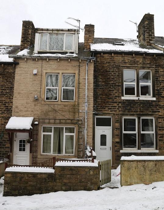 (Lack of) snow betrays cannabis farm near Bradford