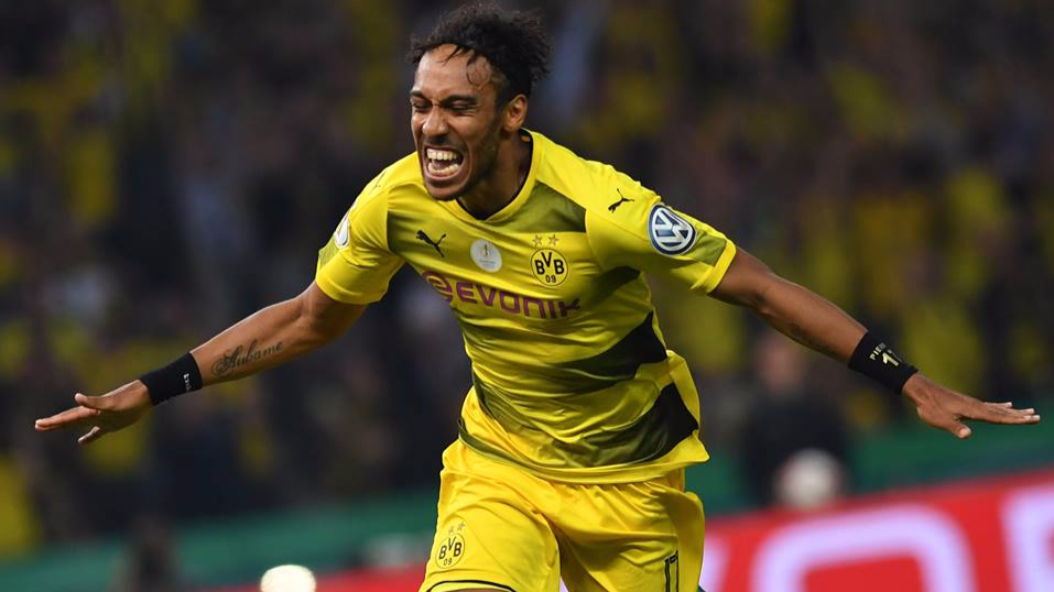 Wenger defends Aubameyang as Arsenal boss gives transfer update