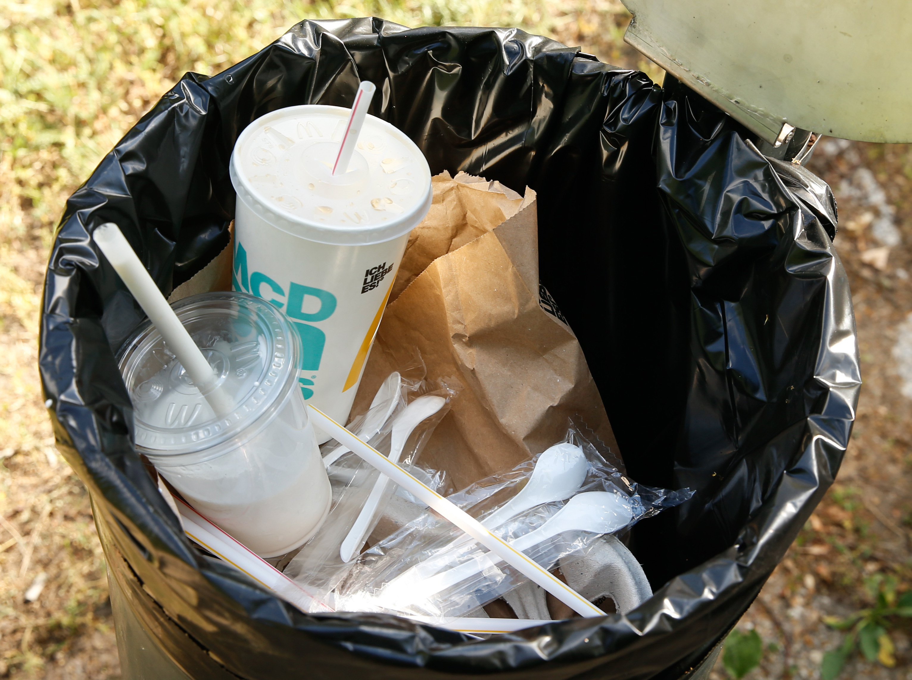 McDonald's new eco-friendly paper straws can't be recycled