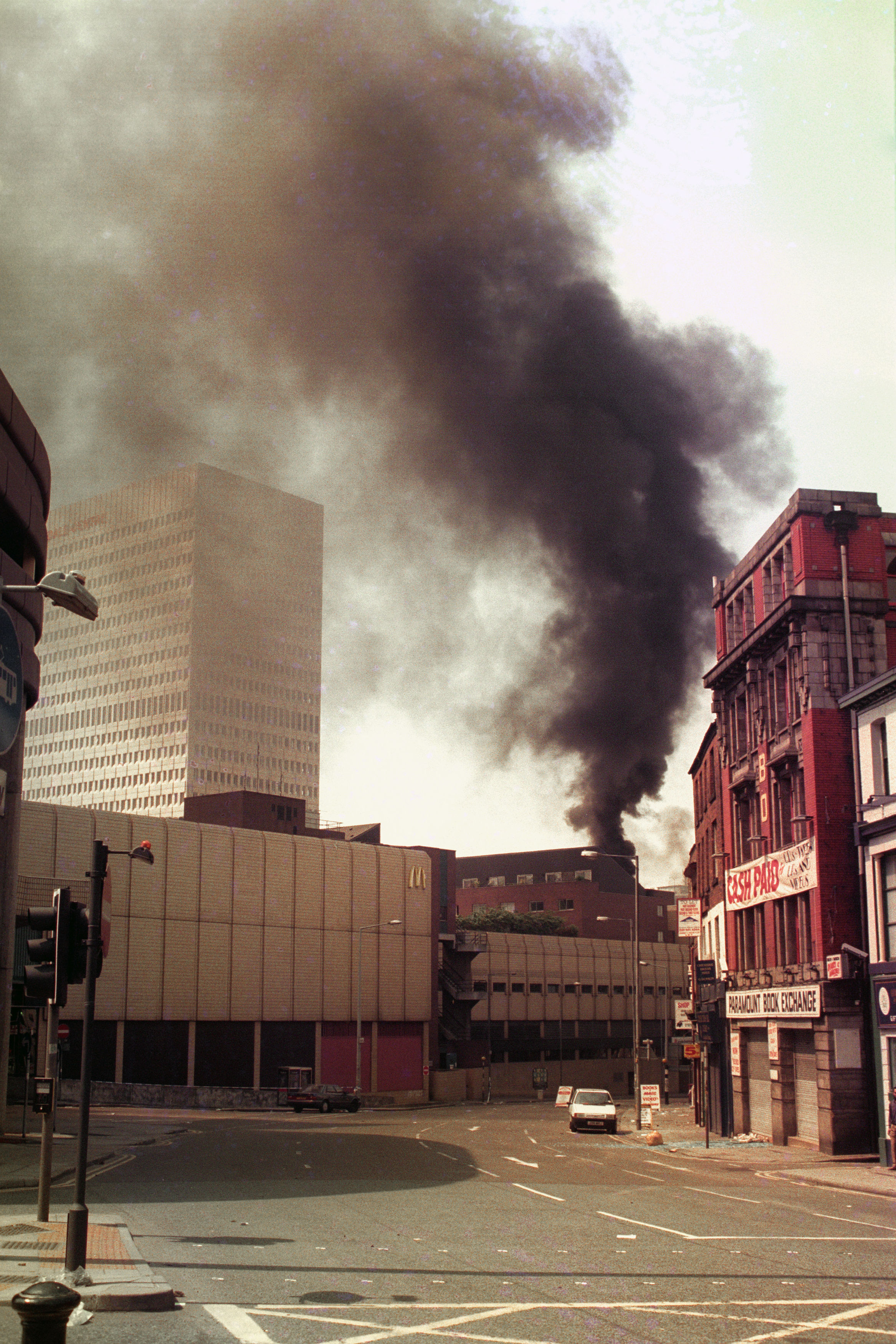 Remembering The Manchester Ira Bomb 20 Years On Ladbible