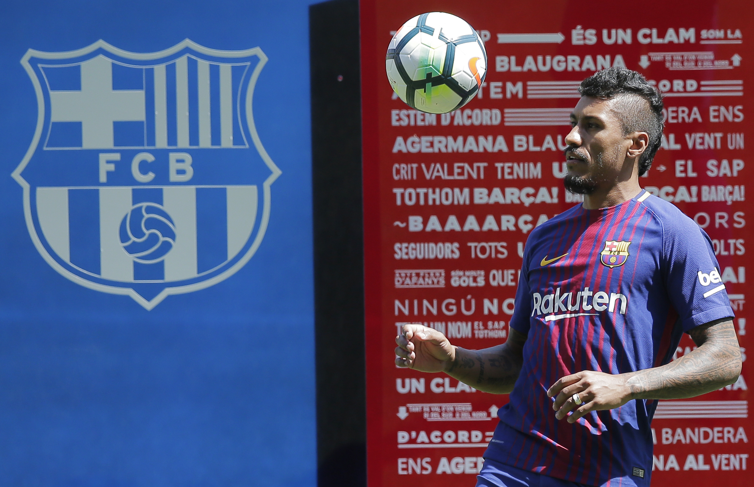Barcelona Have Sold An Embarrassingly Low Number Paulinho