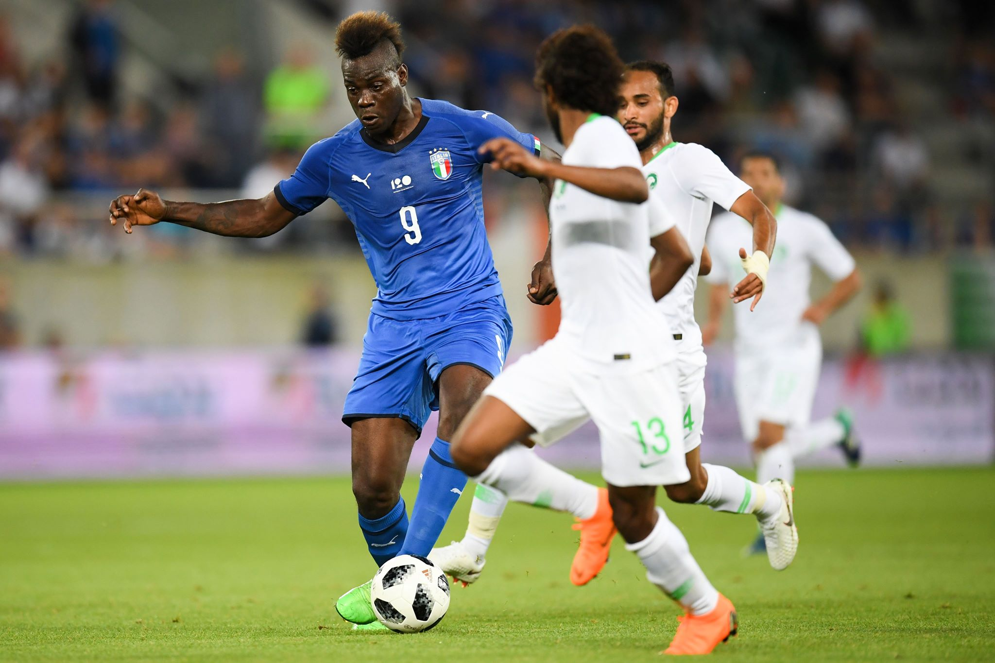 Mario Balotelli hits back at offensive Italy banner