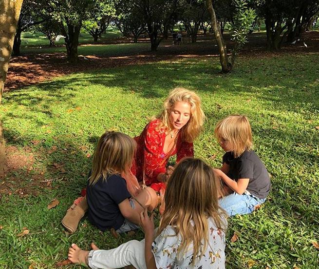 Elsa with the children. Credit: Instagram/Elsa Pataky