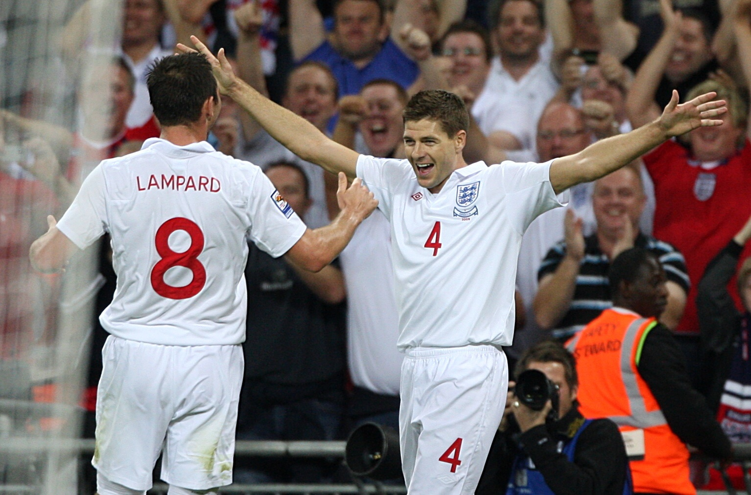 Gerrard and Lampard never worked well together...Image: PA Images