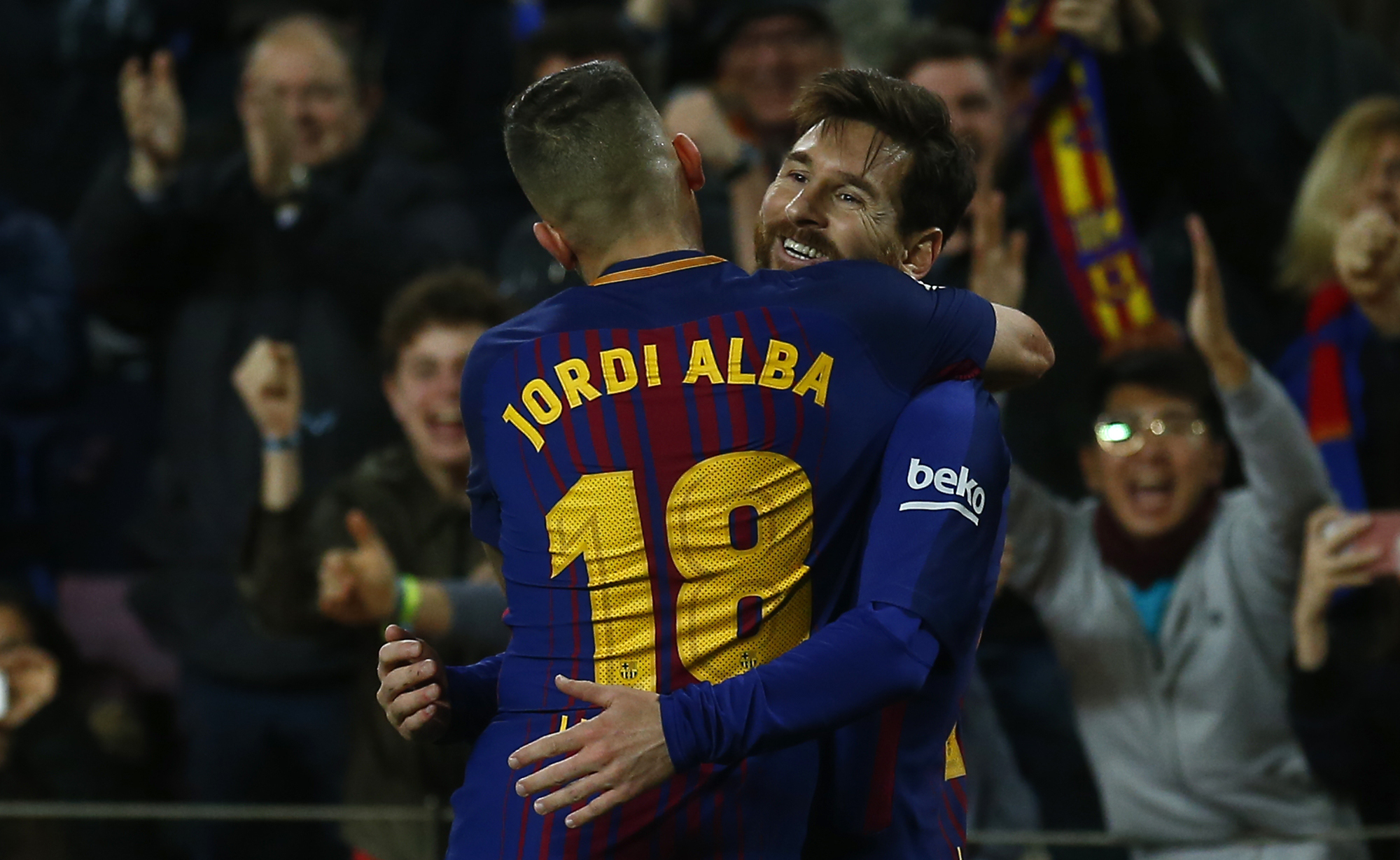 Luis Suarez, Lionel Messi save Barcelona from Alaves setback
