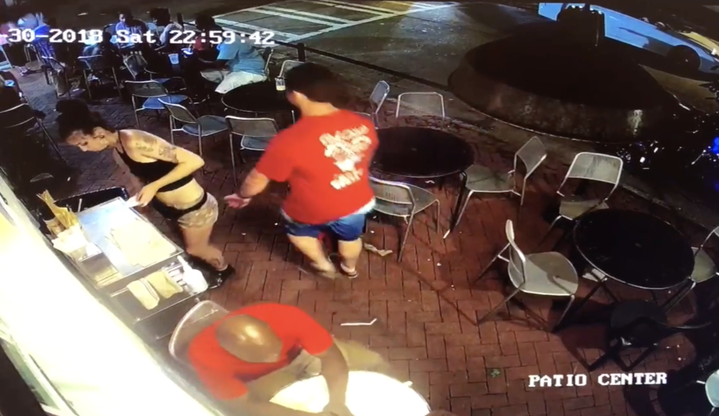Security camera catches Savannah waitress fending off apparent groper
