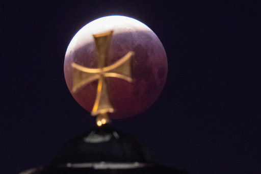 Here's a cool pic of the super blood wolf moon taken in Nuremberg, Germany. Credit: PA