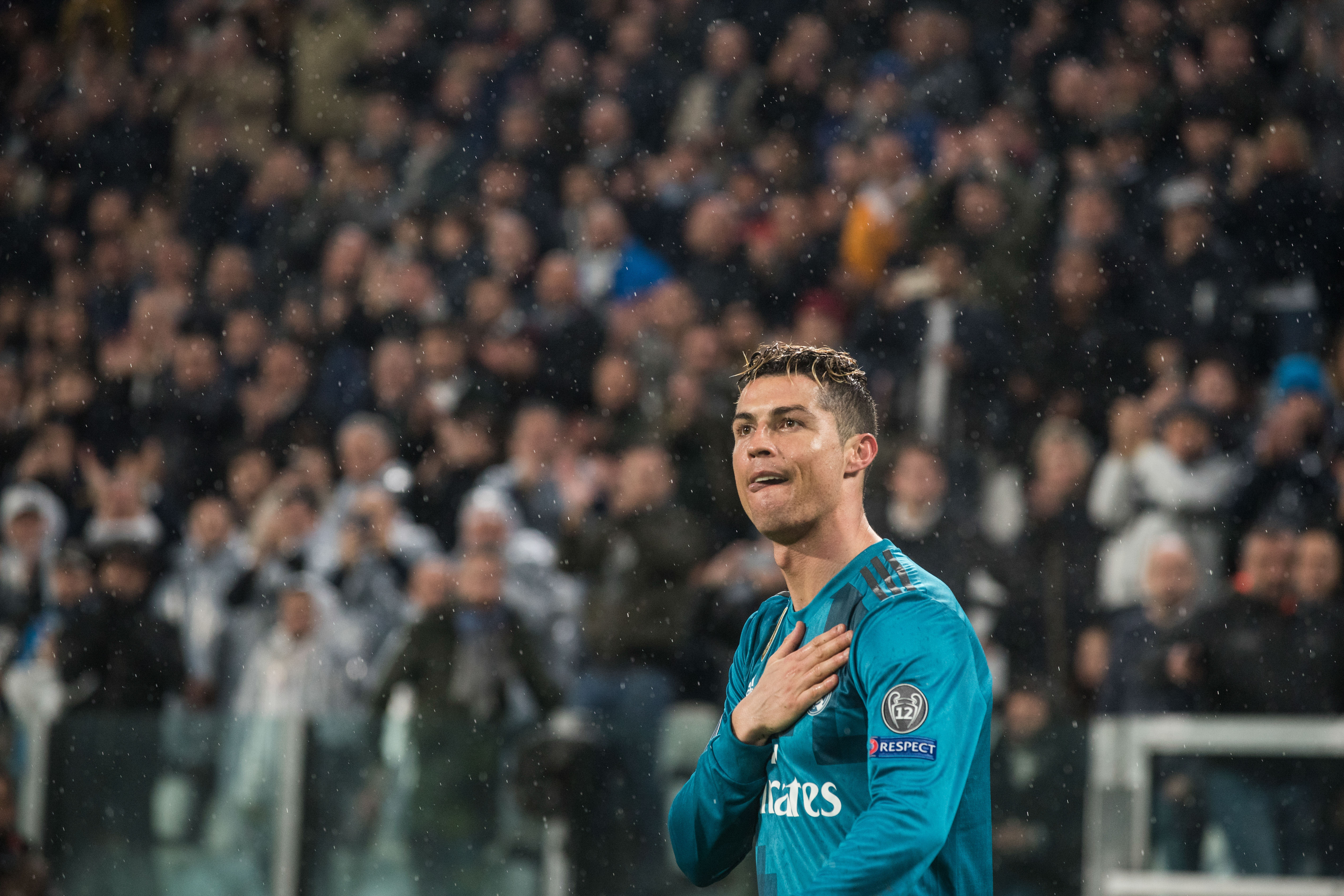 Why Alexis Sanchez fears Ronaldo's return to Manchester United