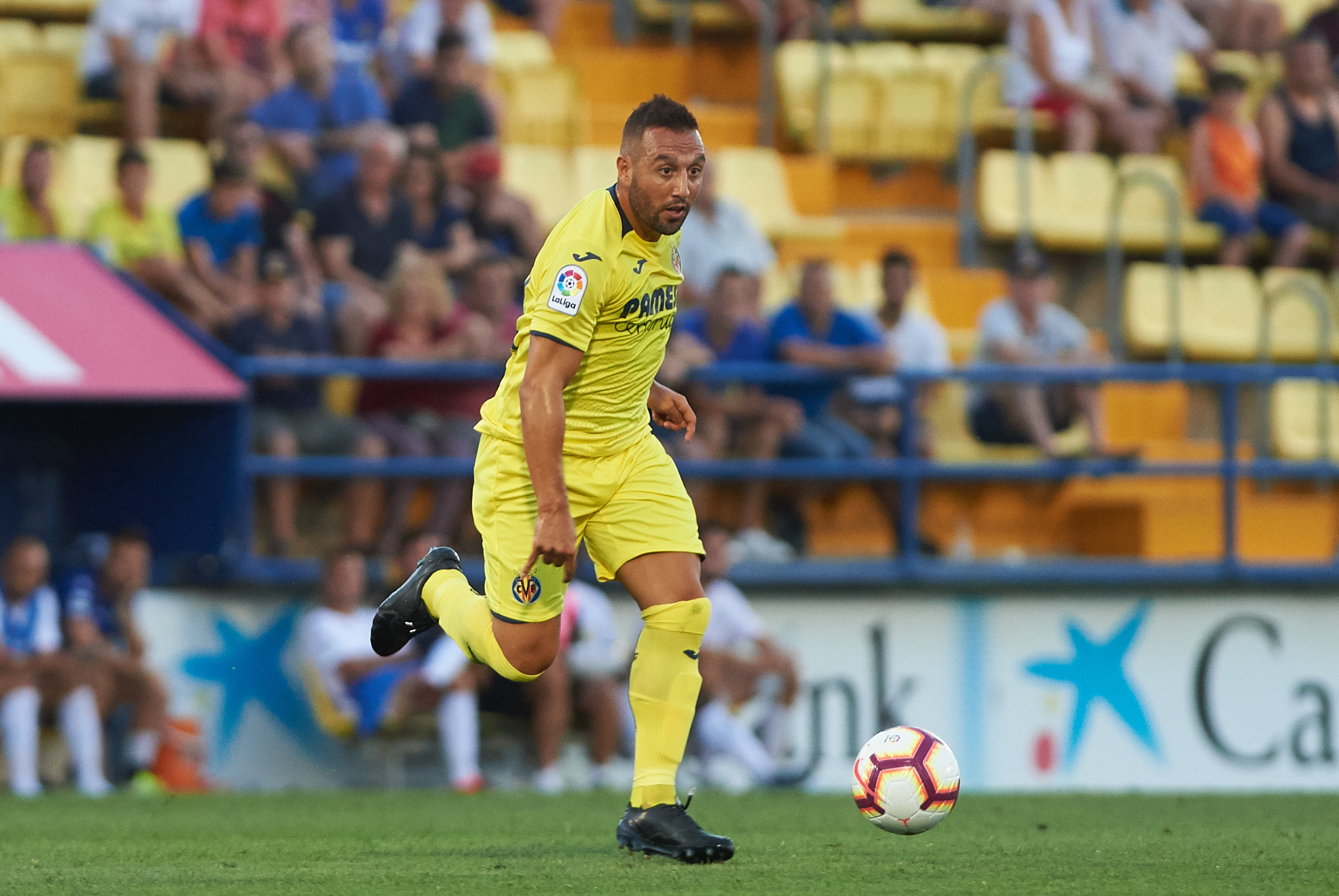 Villarreal unveil ex-Arsenal midfielder Cazorla in freaky  fashion