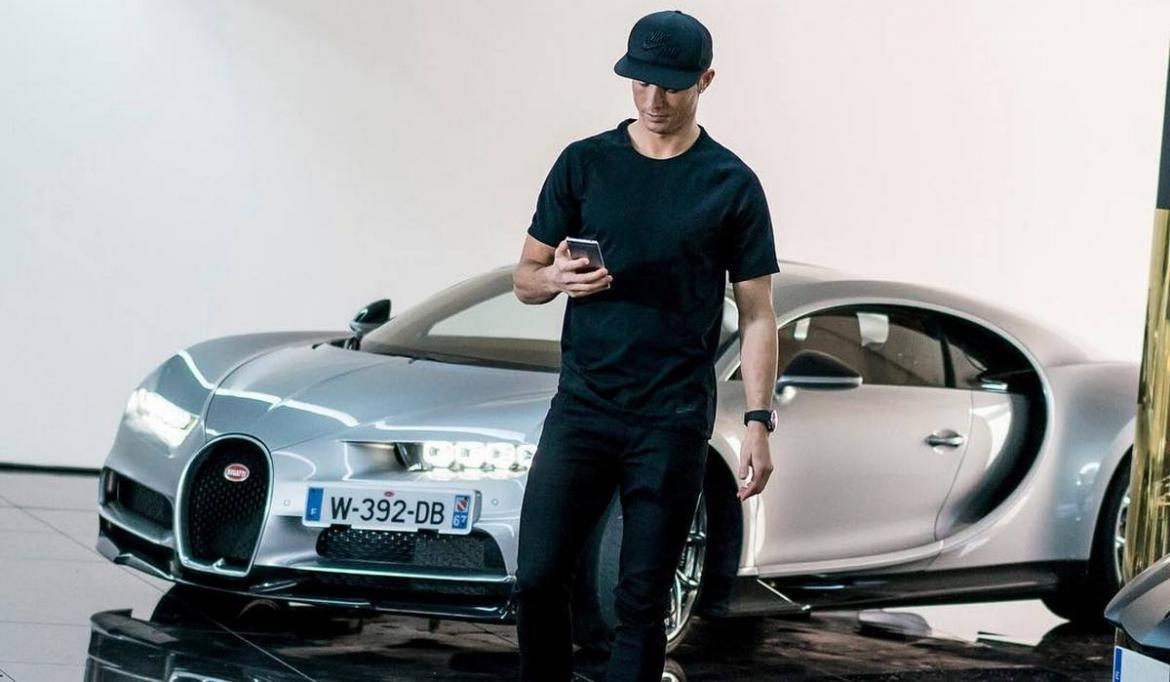 Ronaldo Buys World's Most Expensive Car Valued at R178 million!