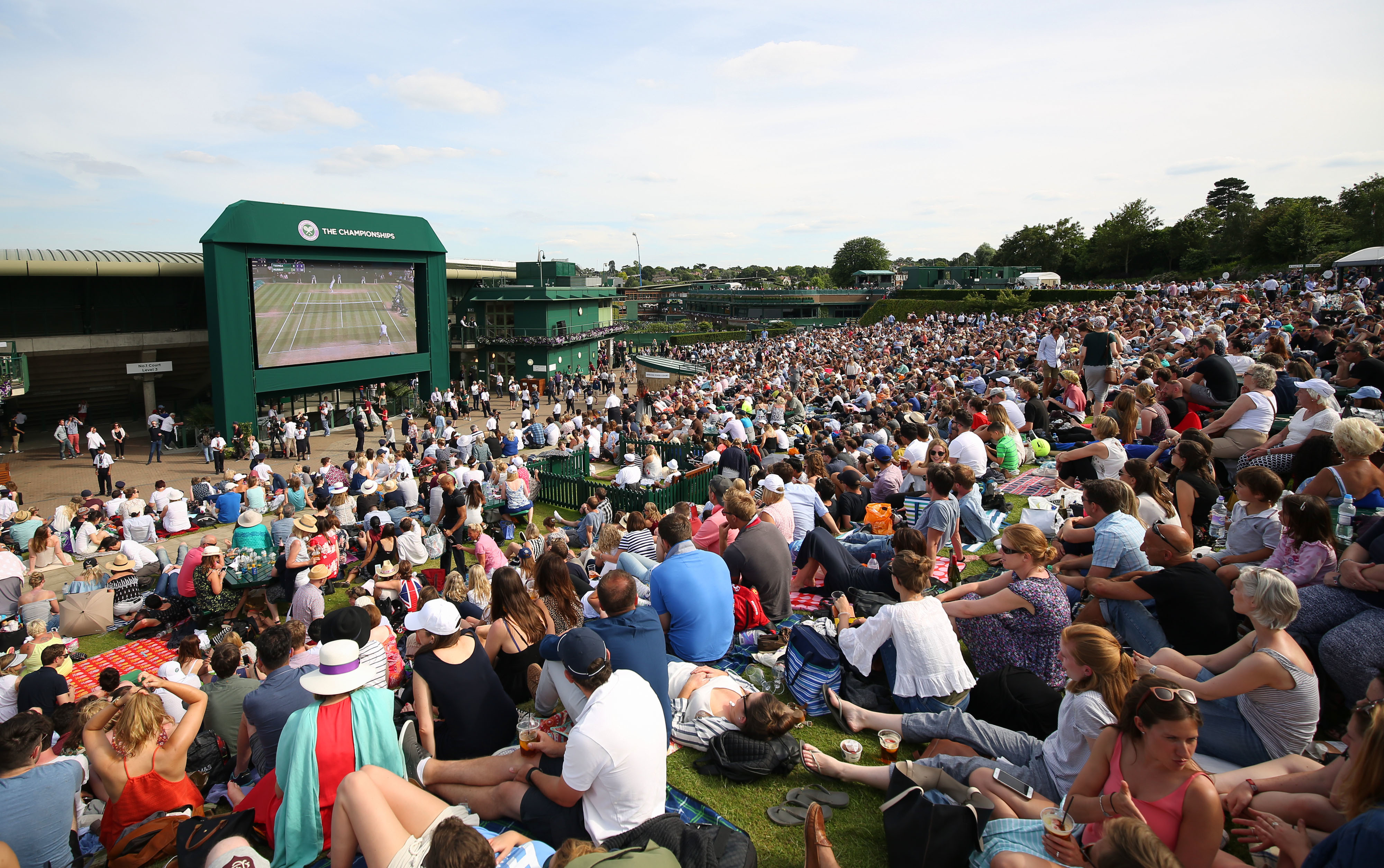 Crowds now often flock to Henman Hill to watch Murray. Image: PA Images