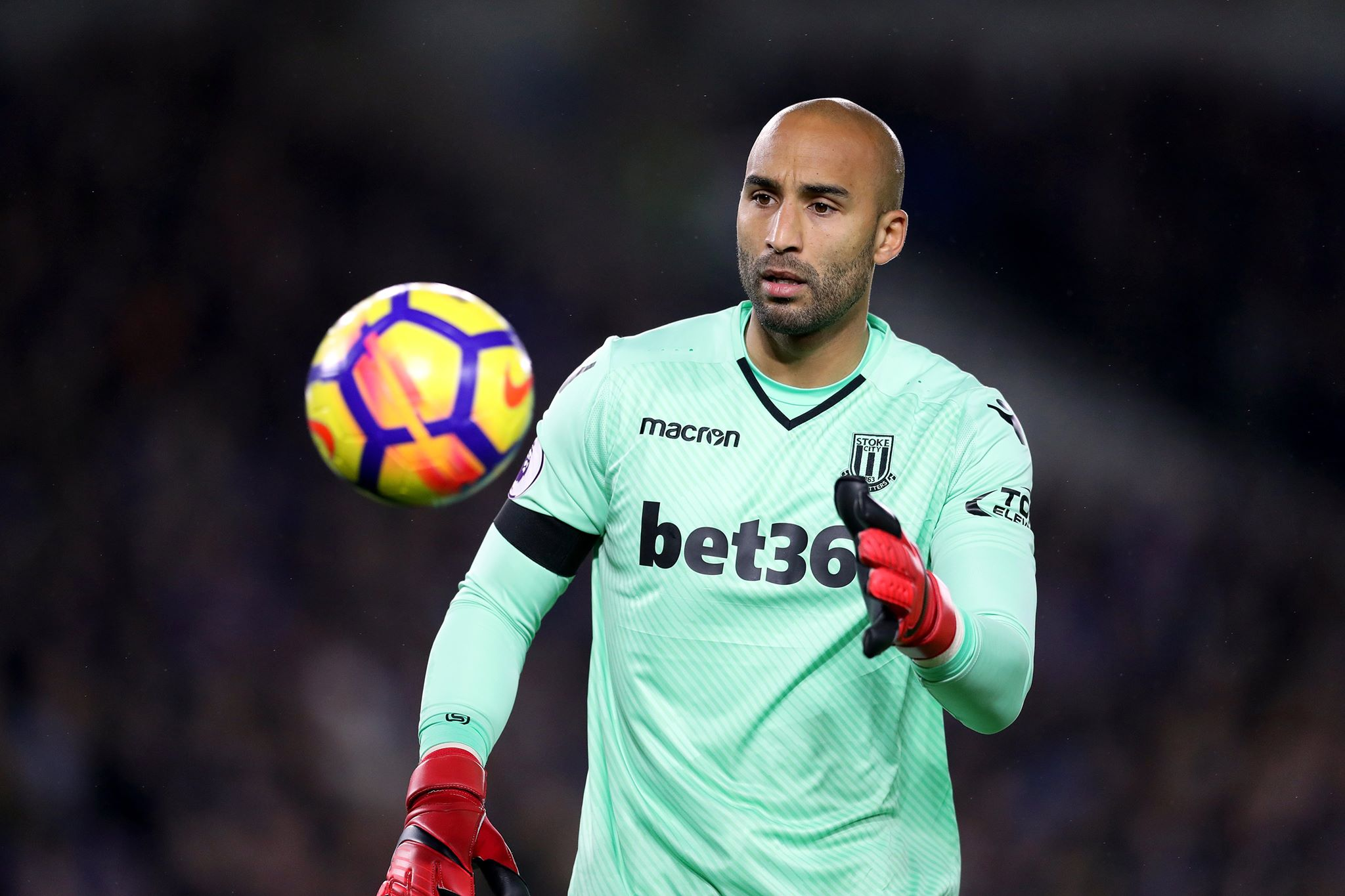 Lee Grant set to sign for United. Image PA Images